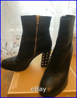 MICHAEL KORS 520$ Black Leather Round Toe Gold Studded Ankle Heel Boots 8