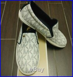 MICHAEL KORS Keaton Logo Slip-On Fashion Sneaker Women's Shoes Navy/White New