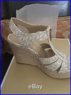 MICHAEL Michael Kors Berkley Wedge Sandals Vanilla MK Logo Size 7.5 New In Box