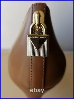 Michael Kors Antoinette Luggage Gold Padlock Mk Logo Pumps Us 9 10 I Love Shoes