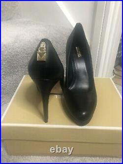 Michael Kors Antoinette Pump Court shoes BNIB Size 5 uK/ 7.5m US/ 37.5 EU