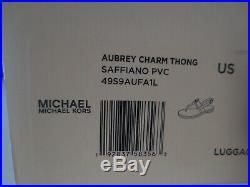 Michael Kors Sandalen Gr. 41 AUBREY CHARM THONG LUGGAGE Sandaletten Zehentrenner