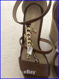 Michael Kors Women's tan brown Sandals Platform Wedges shoes Size 3.5 fits 4