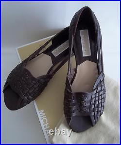 Michael Kors Womens Shoes Brown Sandals Woven Flats Peep Toe Mesa Size 5.5 M New