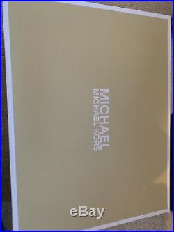 Willa Slip on Michael Kors Size 3.5 Small 4